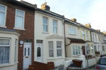 3 bed Terraced home to rent in Milton Road,  ...