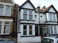 3 bedroom Terraced house in College Avenue...