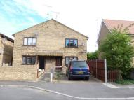 Flat to rent in Rookery Crescent, Cliffe...