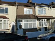 Terraced home to rent in Chaucer Road...