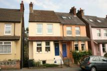 3 bed semi detached property in Cowper Road, Boxmoor.