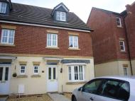 Town House to rent in Threipland Drive, Heath...
