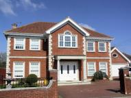 5 bedroom Detached property to rent in Elmhurst Avenue...