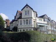 2 bedroom Flat to rent in The Leas...