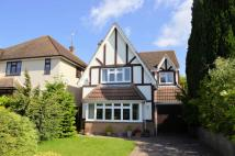 5 bedroom Detached house in Warren Road...