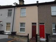 2 bed Terraced property in Hastings Road...