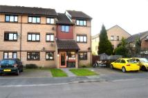 Flat to rent in Goodhew Road, CROYDON...