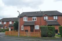 2 bed Terraced property in Horsham Road, Sandhurst