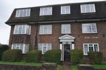 Flat to rent in Kingston Road, Surbiton
