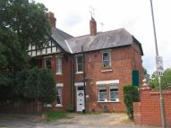Ground Maisonette to rent in The Avenue, Camberley