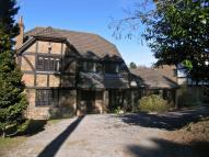 5 bedroom Detached property to rent in Lamborne Close, Sandhurst