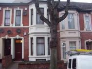 Flat to rent in Middleborough Road...