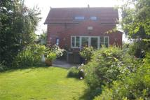 3 bedroom semi detached property in Summer Cottage...