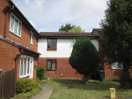 Apartment in Upperstone Close...