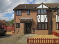 2 bed house in Astral Close...