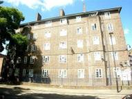 3 bed Flat to rent in Cowley Road, London SW9