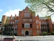 2 bed Flat in Clapham Road, London SW9