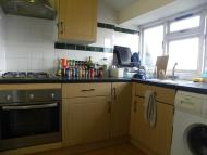 3 bed Flat in Clapham Road, London SW9