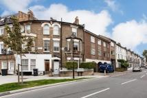Meadow Road Flat to rent