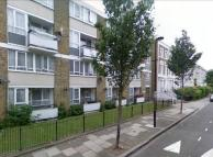 3 bed Flat in Richborne Terrace...