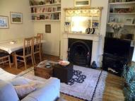 Flat to rent in Hackford Road, London SW9