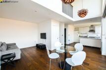 2 bedroom Flat to rent in Clark Street, London E1