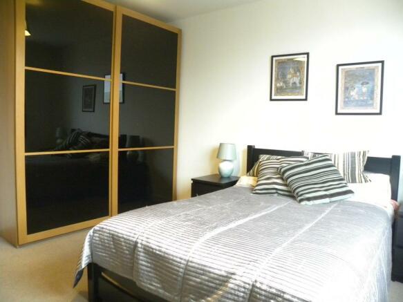 Master Bedroom 2nd Aspect