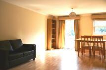 2 bedroom Flat to rent in Pelham Road, London SW19
