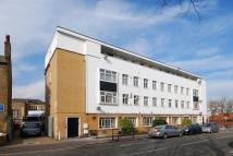 Flat in Hanover Park, London SE15