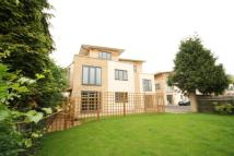 2 bed Apartment in St. Albans Hill...