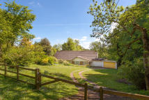 3 bedroom home for sale in Dancers End, Nr Tring...