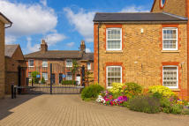 Clunbury Court Apartment for sale