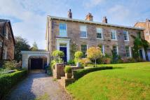 5 bedroom semi detached house in 13 Taptonville Road...