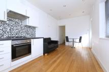 2 bed Apartment to rent in Chapel Market, Islington...
