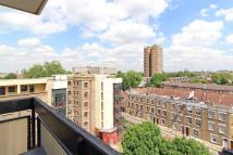 2 bedroom Apartment in Dunmore Point, London, E2