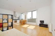 Apartment to rent in The Gallery, London, E1