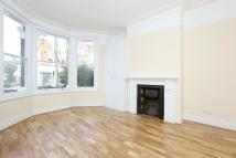 4 bedroom home to rent in Grove Green Road...
