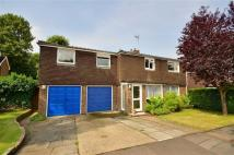 6 bedroom Detached home for sale in Stanbury Avenue, Watford...