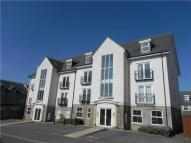 2 bed Flat for sale in Barter Close, Kingswood...