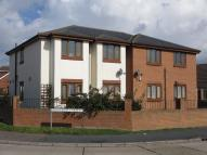 Flat to rent in Rectory Avenue, Rochford...