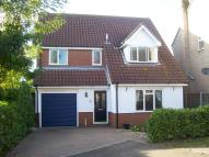 Detached property to rent in South Benfleet