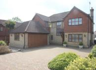 Detached home in Hawkwell