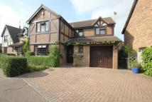 4 bed Detached property in Hawkwell