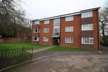 2 bedroom Apartment in Eastern Avenue, Reading