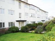 Flat to rent in Penrhyn Court...