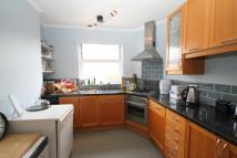 2 bedroom Flat in Northanger Road...