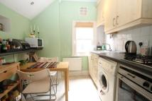 1 bedroom Flat in Westwell Road...