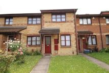 2 bed property in Veronica Gardens...