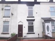 2 bedroom house in Crescent Road, Bolton,
