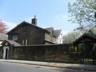 Studio flat to rent in 89 Radcliffe Road...